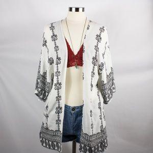Other - 🌸🌵🌼Ananas | B&W Kimono O/S